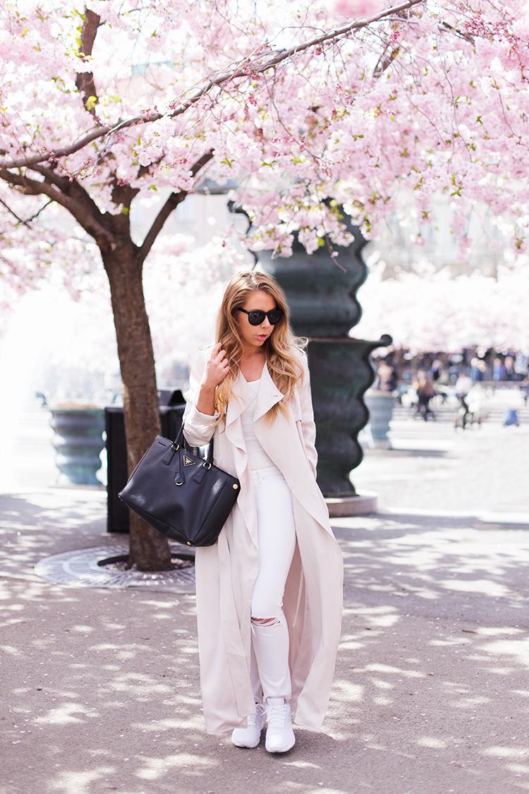 cherry-blossom-outfitt