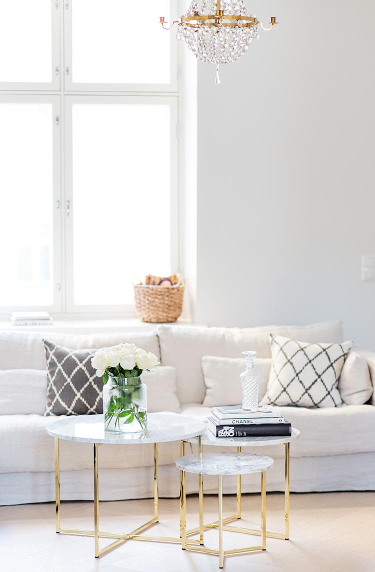classic-modern-living-room