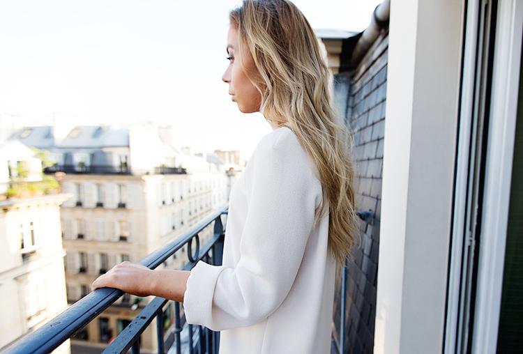paris-balcony