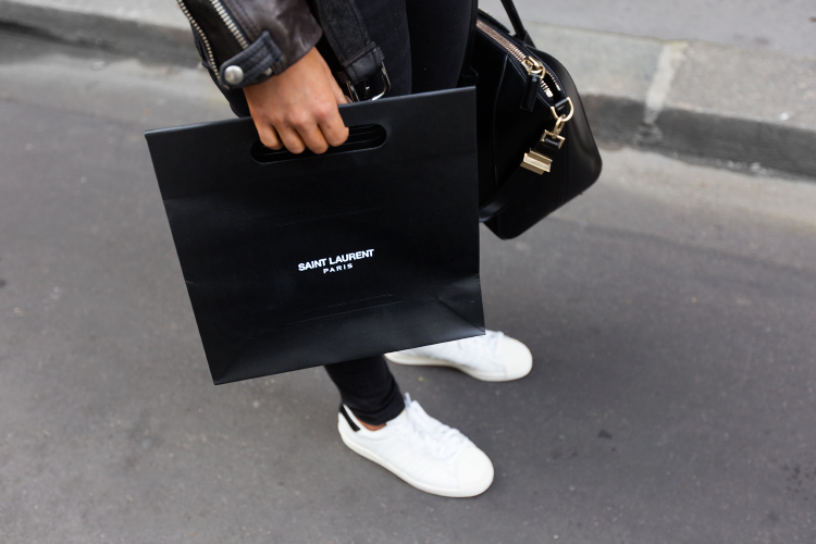 saint-laurent-shopping4