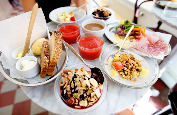 pom-flora-cafe-stockholm