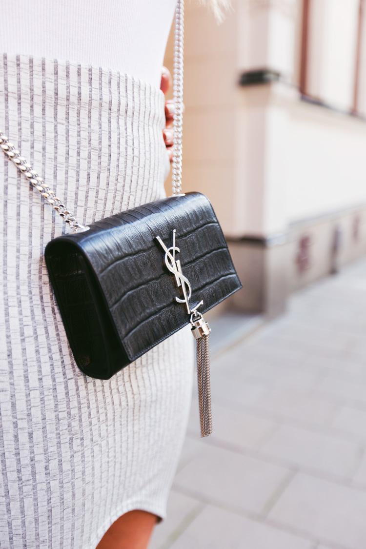 ysl-tassel-bag2
