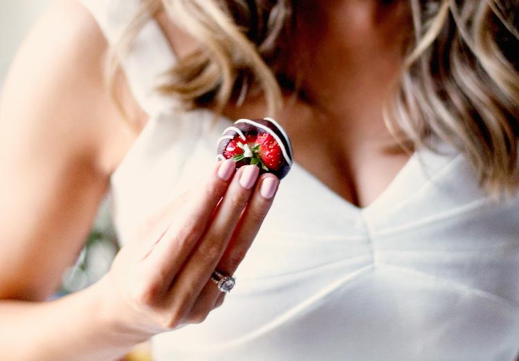 mansikka-suklaa