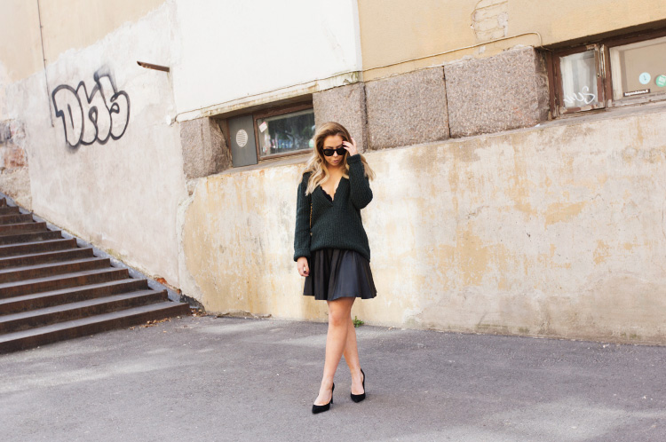 green-sweater-oufit3