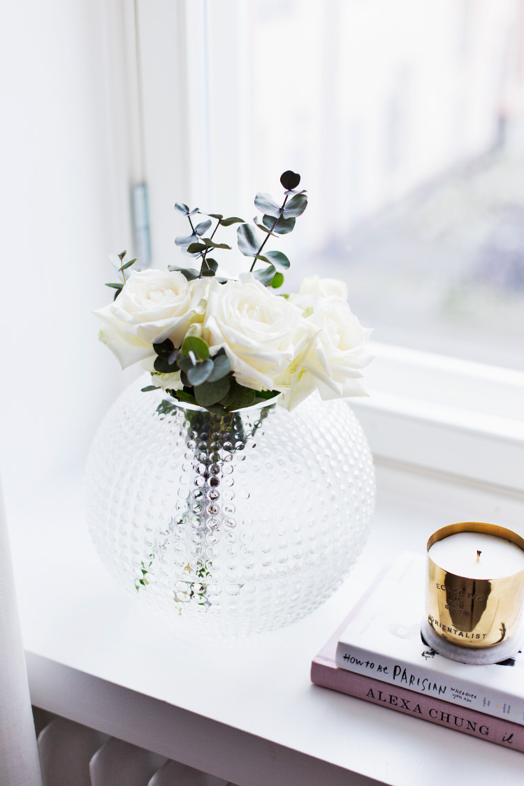 round-glass-vase-eightmood
