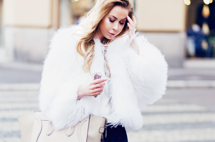 white-fur-outfit3