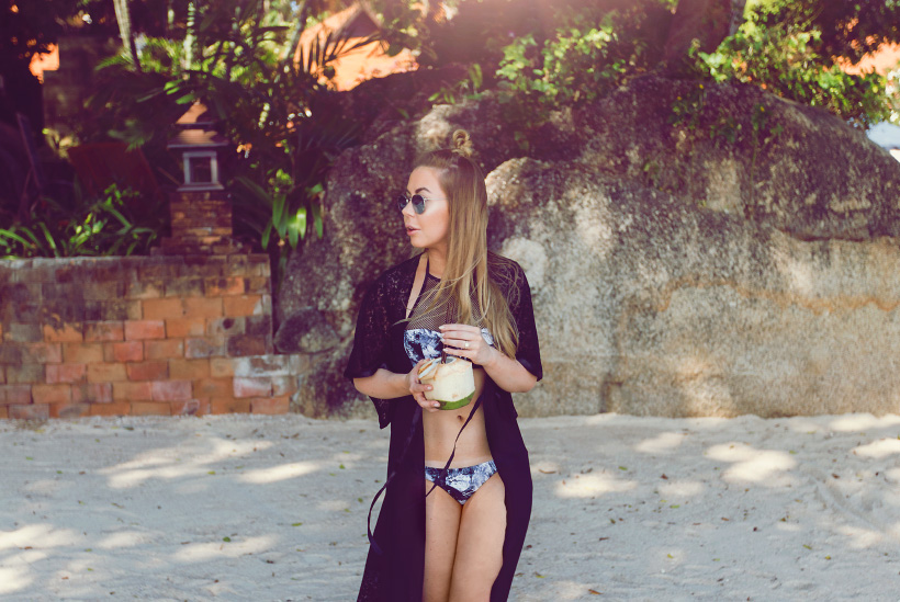 alexa-dagmar-bikini2