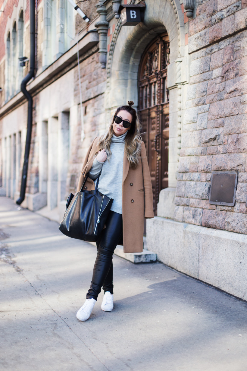 neutral-relaxed-outfit