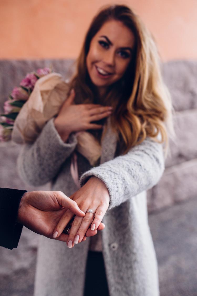 alexa-dagmar-kihlaus-engagement