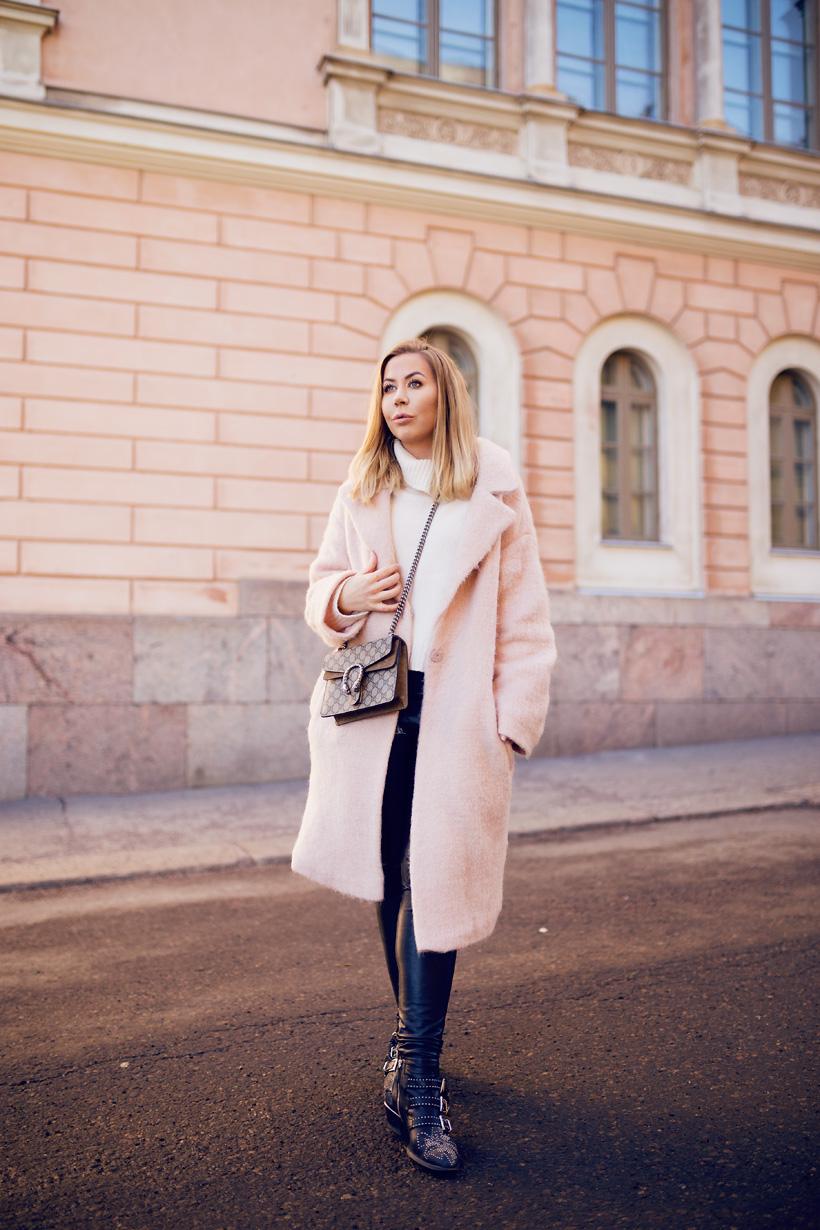 vaaleanpunainen-takki1