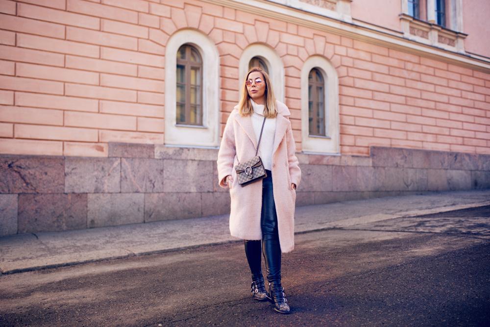 vaaleanpunainen-takki2